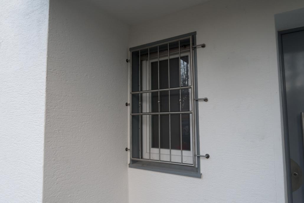 Fenstergitter Aus Edelstahl Massgefertigt Made In Remscheid