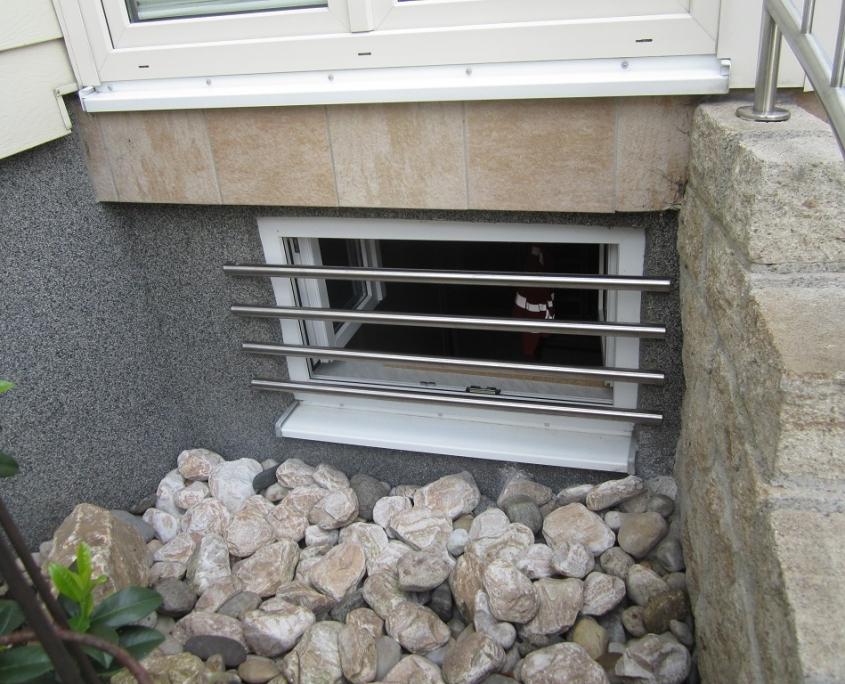 Sicherung von versteckt liegenden Fenstern.
